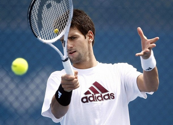 djokovic_brisbane09