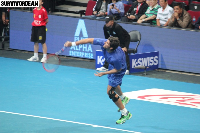 Mark Philippoussis serves big